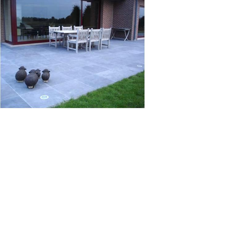 Carrelage extérieur pierre bleue terrasse 90x90